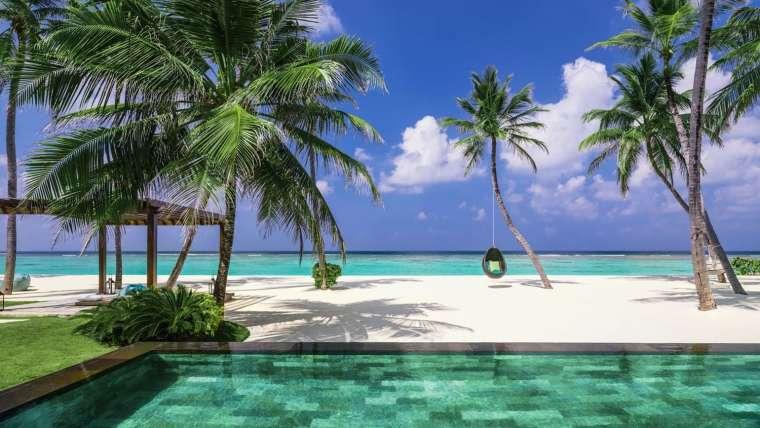 Malediwy ***** Tropikalny azyl na błękitnej lagunie