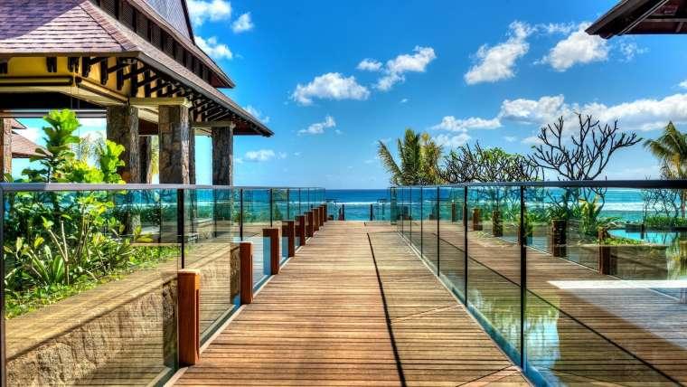 Mauritius ***** Nowoczesność w romantycznym otoczeniu